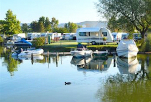 Discount hotels and attractions in Alma,