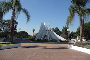 Discount hotels and attractions in Compton, California