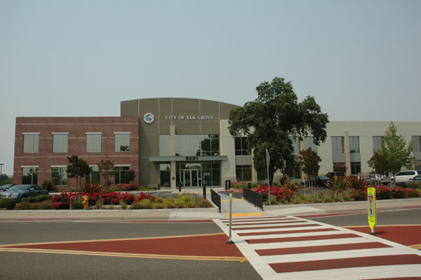 Discount hotels and attractions in Elk Grove, California