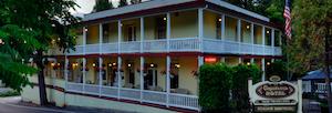 Hotel deals in Groveland, California