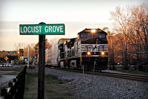 Discount hotels and attractions in Locust Grove, Georgia