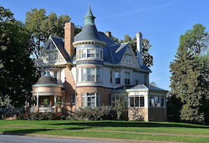 Discount hotels and attractions in Keokuk, Iowa