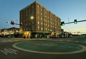 Hotel deals in Chanute, Kansas