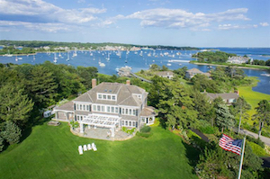 Discount hotels and attractions in Falmouth, Massachusetts
