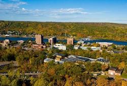 Hotel deals in Houghton, Michigan