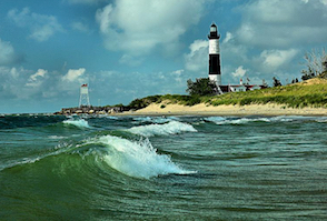 Discount hotels and attractions in Ludington, Michigan