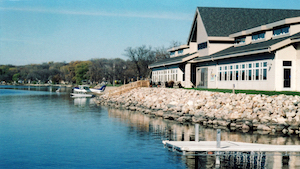 Discount hotels and attractions in Glenwood, Minnesota