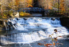 Discount hotels and attractions in Painesville, Ohio