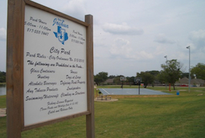 Discount hotels and attractions in Joshua, Texas