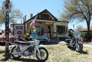 Discount hotels and attractions in Seligman, Arizona