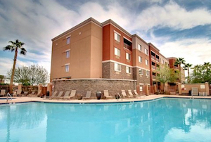 Discount hotels and attractions in Tolleson, Arizona