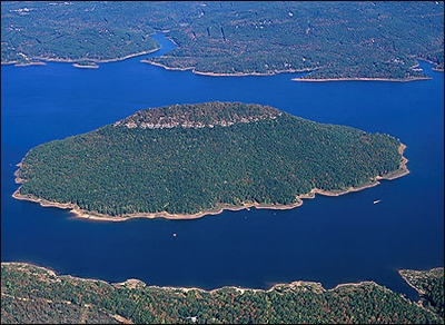 Discount hotels and attractions in Lake Hamilton,