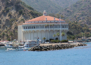 Discount hotels and attractions in Avalon, California
