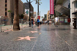 Discount hotels and attractions in Hollywood, California