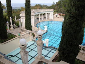 Discount hotels and attractions in San-Simeon, California