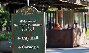 Hotel deals in Turlock, California