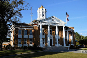 Discount hotels and attractions in Claxton, Georgia
