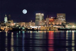 Discount hotels and attractions in Evansville, Indiana