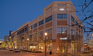 Discount hotels and attractions in Leawood, Kansas