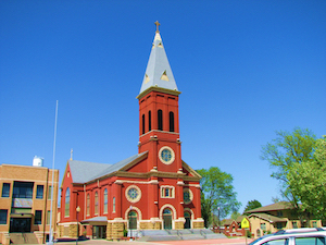 Discount hotels and attractions in Parsons, Kansas