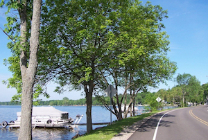 Discount hotels and attractions in Cadillac, Michigan