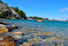 Discount hotels and attractions in Marquette, Michigan