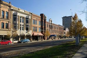 Hotel deals in Warren, Ohio