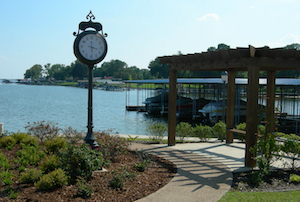 Discount hotels and attractions in Gun Barrel City, Texas