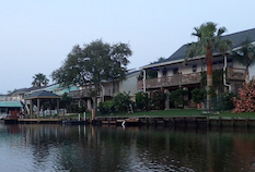 Discount hotels and attractions in La Marque, Texas