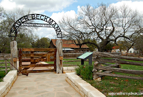 Discount hotels and attractions in Stonewall, Texas