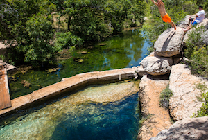 Discount hotels and attractions in Wimberley, Texas